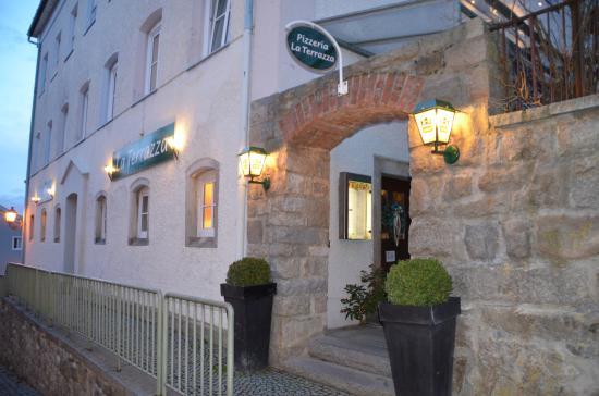 Eingang - Picture of Pizzeria La Terrazza, Waldkirchen - TripAdvisor