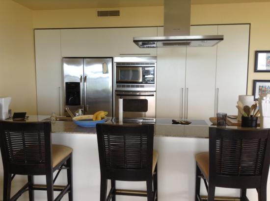 Le Vele Resort: Kitchen area