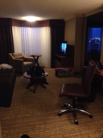 DoubleTree by Hilton Hotel West Edmonton Photo