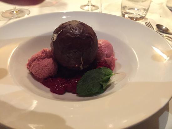 Steak Boutique: Chocolate Bomb