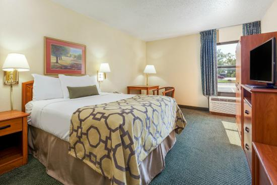 Baymont Inn & Suites Amarillo East: ADA Queen full