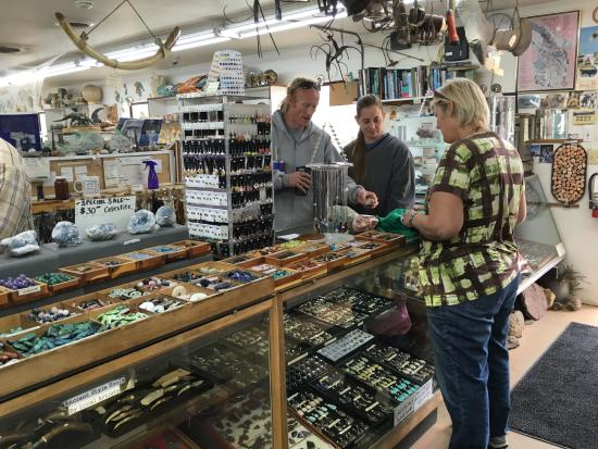 Moab Rock Shop: Helpful and knowledgeable staff.