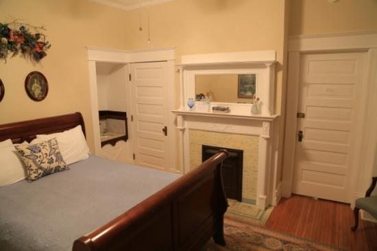 Harvey House Bed And Breakfast Reviews