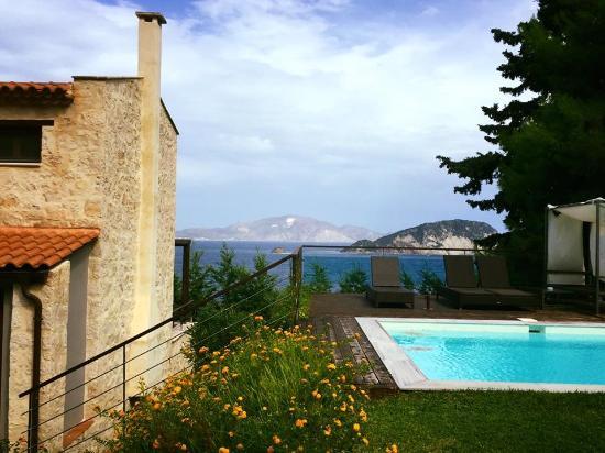 Marathias, Yunani: our villa with views and a pool
