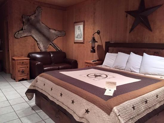 Harvard Lodge at Sproul Ranch: awesome room