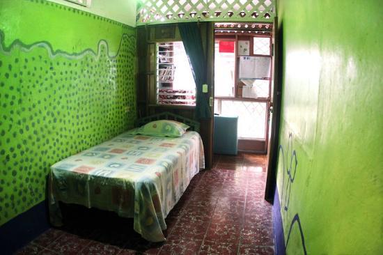 Veronica's Place Cabinas: Habitacion individual
