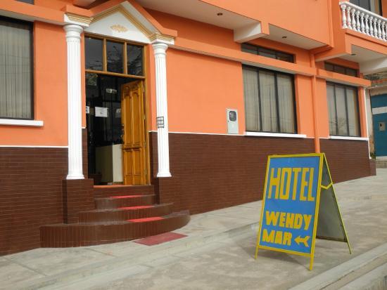 Hotel Wendy Mar: Ingreso a Hotel