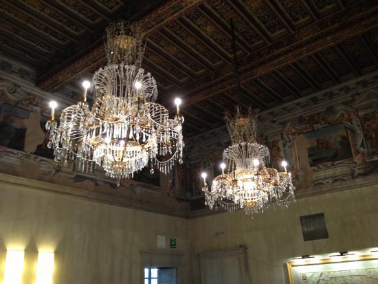 lampadari cuneo : lampadari - Picture of Palazzo Righini, Fossano - TripAdvisor