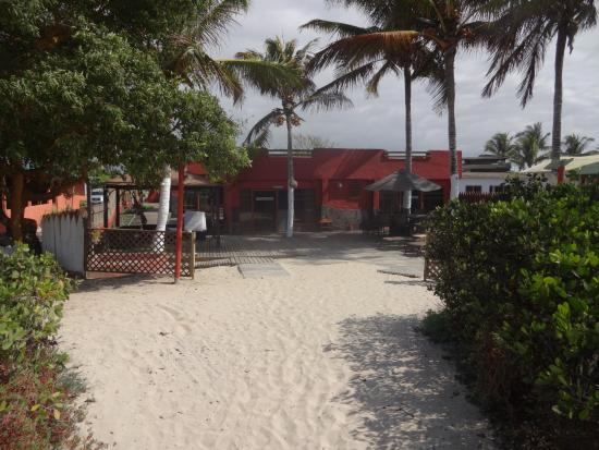 Redmangrove: View of the front 2 rooms from the beach