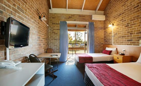 Hinterland Hotel/Motel: Enjoy accommodation comfort at Hinterland hotel