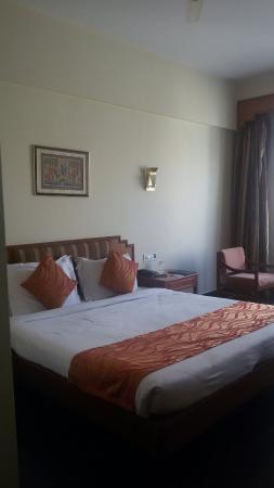 Hotel Pearl Regency: 20151125_145254_large.jpg