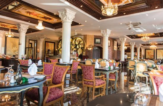 Ammata Lanta Resort: Suphannahong Restaurant