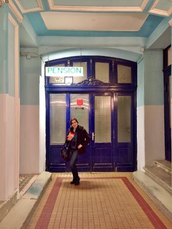 Pension Hargita: Entryway to Stairway