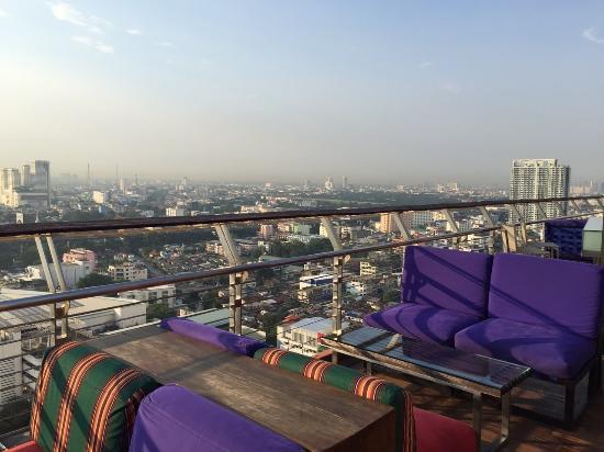 Cheap Hotel Near Siam Paragon