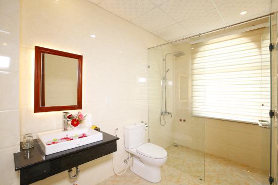 Iris Villa Hoi An: Bathroom