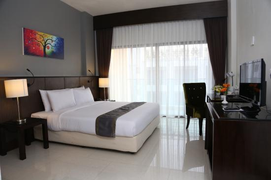 Woraburi Pattaya Resort & Spa: Superior Double Room - Pool View