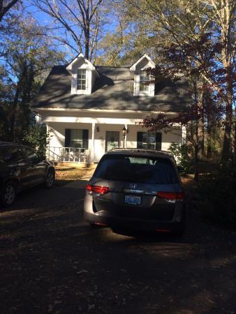 Fayette, AL: Columbus Street Inn newer Cottage