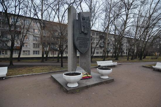 Monument to Volunteers of 3rf Frunze Division
