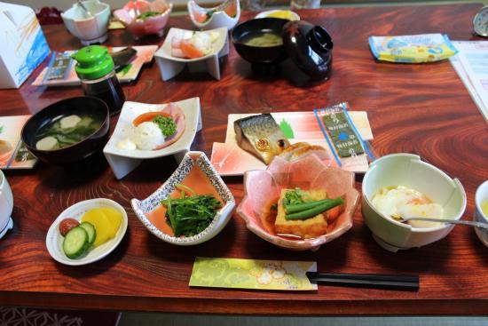 Minshuku Maruki Bekkan: 朝食