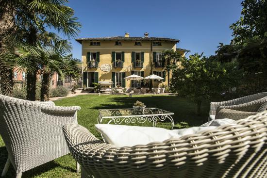 Hotel Villa Carona