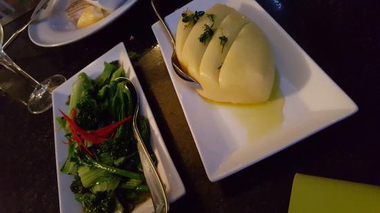 Jellyfish Restaurant: mash potato and mixed vegs