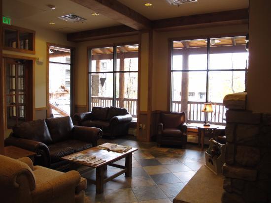 Buffalo Lodge at River Run Village: the lobby