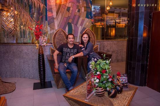 Thai Thai Restaurant: entrance in the family section