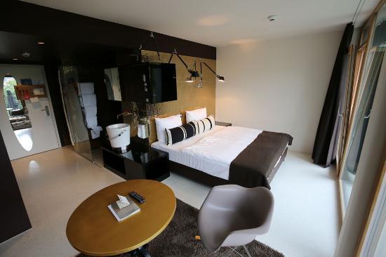 The bedroom bild von nala hotel innsbruck tripadvisor for Innsbruck design hotel