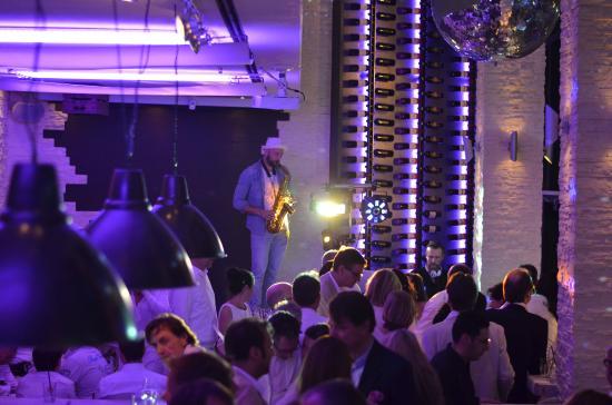 La Trattoria: Immer ein Highlight - DJ & Saxophon