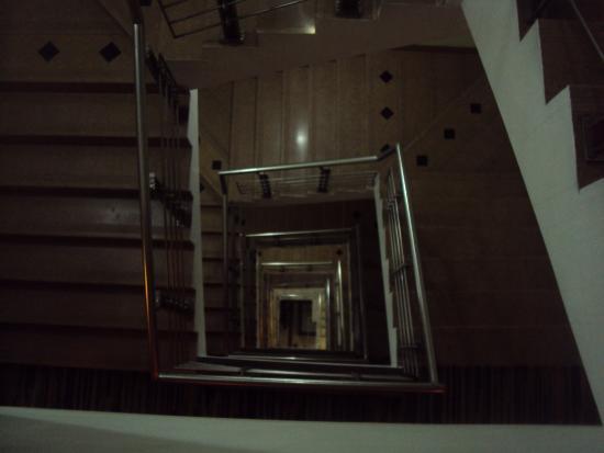 Comfort Inn Alstonia: Stairs