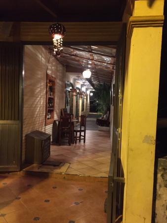 Ohana Cafe: photo1.jpg