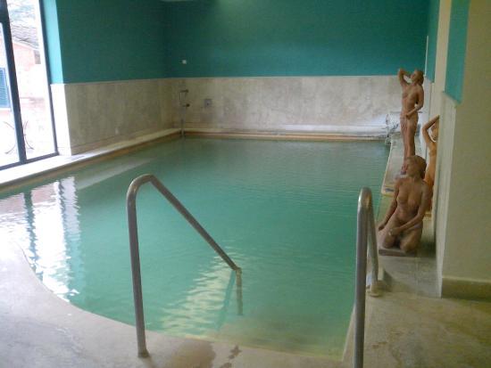 Vasca termale interna picture of albergo posta marcucci - Bagno vignoni hotel posta marcucci ...