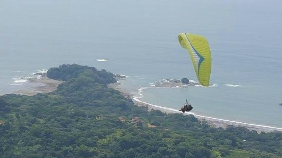 Paraglide Dominical with Hawk Adventures