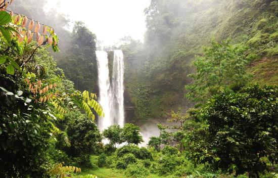 Indonesië: Sanghyang Taraje Waterfall, Garut Regency, West Java Province