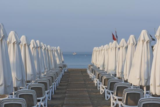 Lilyum Hotel & Spa: Beach
