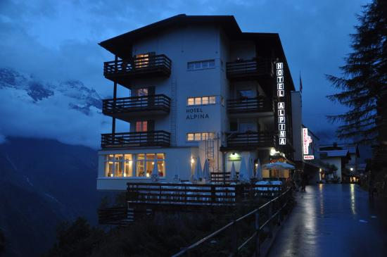 View Of Hotel Alpina During Night Picture Of Hotel Alpina Murren - Hotel alpina murren switzerland