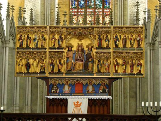 St. Marienkirche : altar
