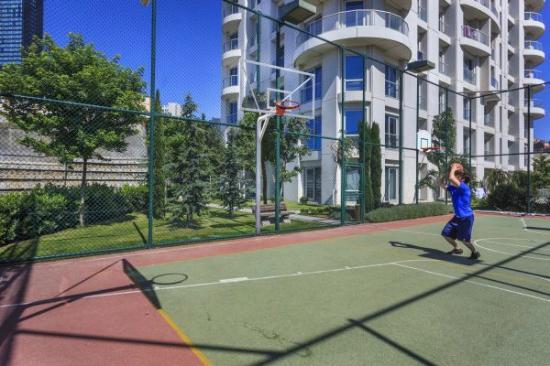 Fraser Place Anthill Istanbul: Basketbol - Basketboll