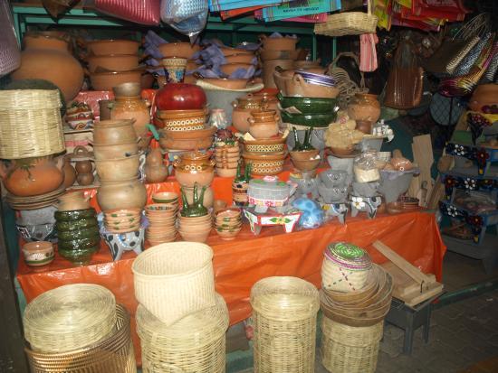Foto de el mercado puerto escondido artesanias y enseres for Enseres de cocina