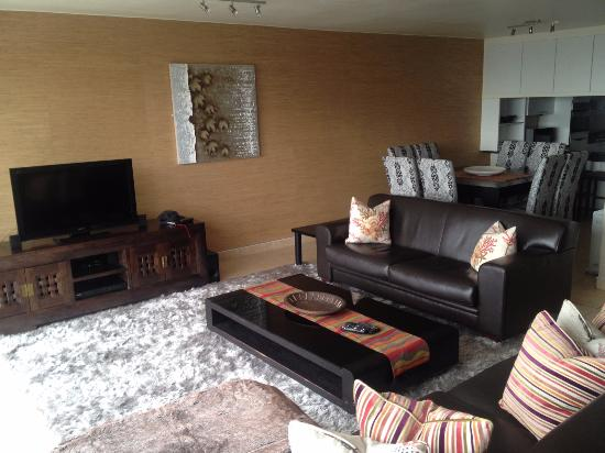 Gordon's Bay, Sudáfrica: Living / Dining room