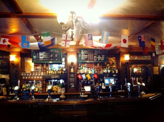 John Bull Pub-London Town: Live sports every day!