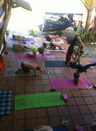 Cabinas Rancho Grande: Yoga!