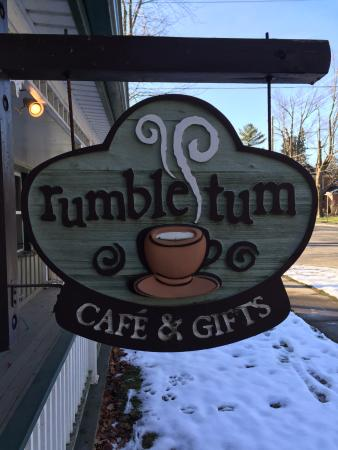 Rumble Tum Cafe & Gifts : Look for the Street Sign