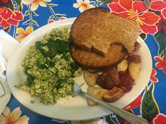 "Farm Bakery & Cafe: ""Tofu Scramble"""