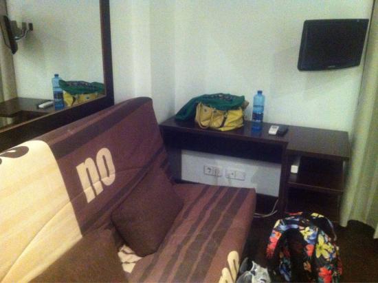 Be Mar  Barcelona Hostel: photo3.jpg