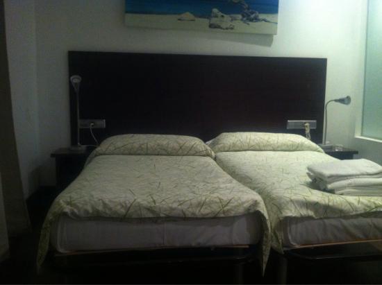 Be Mar  Barcelona Hostel: photo4.jpg