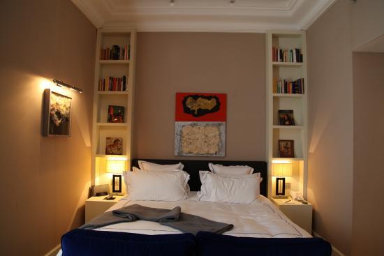 The First Luxury Art Hotel: номер