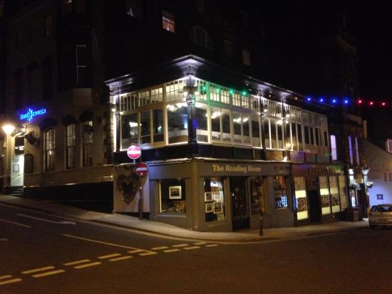 Resolution Hotel Whitby Reviews