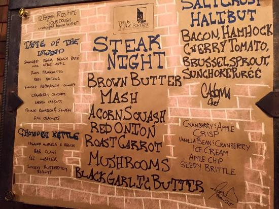Bay Fortune, Canada: Menu board from the night we were there (it varies)
