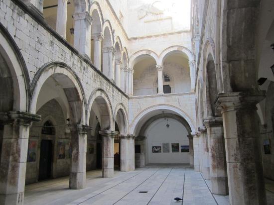 Sponza Palace: Внутри дворца